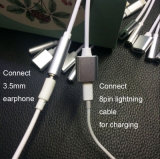 Relámpago 2 In1 hasta el adaptador del auricular de 3.5m m para el iPhone 7 más
