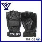 La policía golpea con fuerza el guante táctico (SYST002)