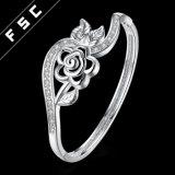 方法新しいデザイン銀によってめっきされるチャーミングな花の花のブレスレット