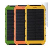 이중 USB 산출을%s 가진 지능적인 방수 6000mAh 태양 에너지 은행