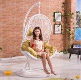 Silla al aire libre colgante del oscilación de la rota de la silla de mimbre del huevo de la silla de los muebles del jardín (D013)