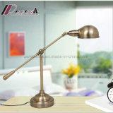 Neue justierbare Anzeigen-Tisch-Lampe des Eisen-G9 für Kursteilnehmer