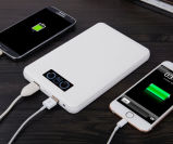 Banco de alimentación de alta capacidad 20000mAh para iPhone iPad con LED