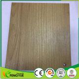 Nessun mattonelle di pavimentazione antiscorrimento del PVC del reticolo di legno della formaldeide