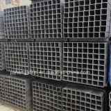 黒い正方形の鋼管