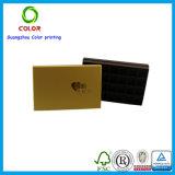 Boîte-cadeau de luxe d'or avec l'impression de logo