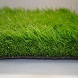 Herbe verte normale d'herbe artificielle de bonne qualité du football (SEL)