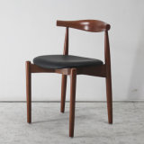 Nordische Auslegung-hölzerne Möbel-festes Holz, das Stuhl speist
