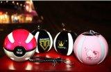 Pikachuの魔法の球のPokeball力バンクPokemonは携帯用力バンク行く