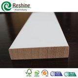 Le guichet amorcé blanc indiquent le bâti en bois de S4s