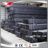 Cuadrado de la construcción y tubos rectangulares