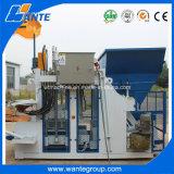 機械を作る高い生産性の卵置くセメントの空のコンクリートブロック