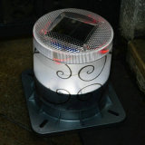 La lampada solare del giardino può funzionare 6 notti dopo in pieno caricato
