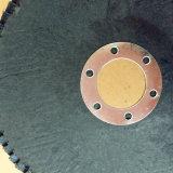 か焼された酸化アルミニウムの折り返しディスクをひく金属