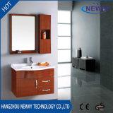 Шкаф ванной комнаты стены высокого качества деревянный с бортовым шкафом