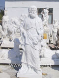 Römische Statue durch weiße Marmorskulptur