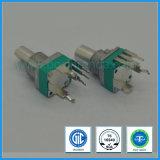potenziometro rotativo dell'interruttore di 9mm per controllo di volume con l'asta cilindrica del metallo