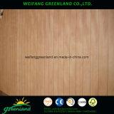 Madeira compensada entalhada pintada de /Grooved da madeira compensada da classe elevada para a decoração