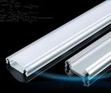 Extrusion en aluminium personnalisée/section en aluminium/profil en aluminium