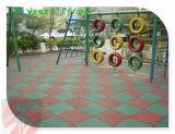 einfache 300*300mm installieren Gummigymnastik-Bodenbelag-Fliese