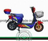 Motociclo elettrico per il trasporto delle due genti