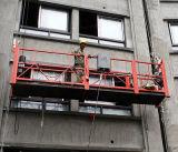 Hängende Arbeits-Seil verschobene an der Wand befestigte Aufzug-Plattform