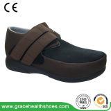 Santal occasionnel noir de chaussures en cuir avec du matériau de Spandex offrant la pièce supplémentaire le pied d'oedème