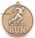 Kundenspezifische Medaille für Marathon Singapur mit laufendem Mann