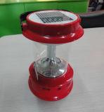 Multifunctions를 가진 휴대용 태양 LED 재충전용 야영 손전등