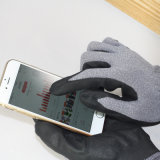 Nmsafetyの薄いマイクロ泡のニトリルのやし上塗を施してあるスマートな電話タッチ画面の手袋