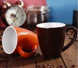 Publicidad de la taza de cerámica con la taza de café esmaltada impresión del gres de la insignia de la cuchara