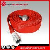 De Brandslang van de rode Kleur met de Koppelingen van de Brandslang van BS