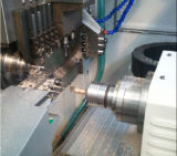 일본 Fanuc 통제 시스템을%s 가진 높은 정밀도 CNC 기계 선반