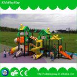 De hete Speelplaats van de Dia van de Jonge geitjes van het Pretpark van de Verkoop Openlucht (KP1512063)