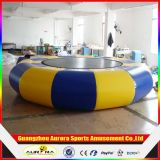 Water Sportsのための0.9mm PVC Tarpaulin Inflatable Water Trampoline Combo
