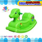Balançoir en plastique animale, jouet de oscillation en plastique, cheval d'oscillation, cheval d'oscillation en plastique d'intérieur