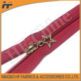 3# chiudono Estremità Nylon Zipper con Decoration Puller