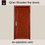 磨かれた木のドアによって磨かれる木MDFのドア