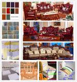يعيش غرفة أريكة مع خشبيّة أريكة إطار ([518ب])
