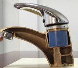 Grifo de cobre amarillo sólido vendedor caliente del lavabo del golpecito del lavabo (GL9301A93)