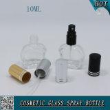 Mini bottiglia di profumo di vetro irregolare 10ml con lo spruzzatore e la protezione di alluminio