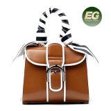 최신 제품 스카프 줄무늬 패턴 Satchel 매력 모양을%s 가진 가죽 숙녀 손 부대 여자 핸드백은 Emg4920를 자루에 넣는다
