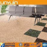 Pavimentazione di plastica del vinile del PVC di sembrare di marmo genuino del bastone e della buccia