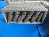 Sofá de vime redondo luxuoso com conjunto de mesa de café de armazenamento