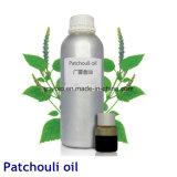 Cosméticos e petróleo essencial do Patchouli puro do cuidado 100% da beleza