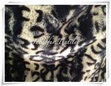 Faux Fur Imprimé avec Leopard Point