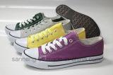 Mehr als 10 Farben-klassische Segeltuch-Schuhe (SNC-210009)