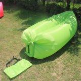 携帯用ソファー不精な浜のSofafastの膨脹可能な空気寝袋の折り畳み寝台