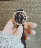 Relógio do couro da forma do projeto do suíço para a mulher