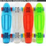 4 roues clignotent mini planche à roulettes de croiseur d'éclairage LED